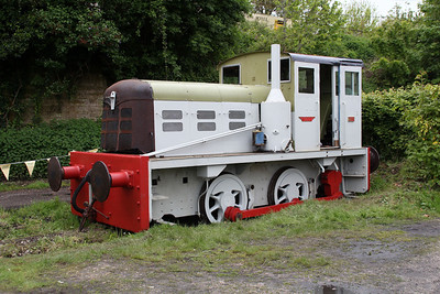 0-4-0DM 4210132 'May' at Corfe Castle yard.