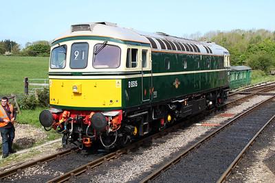D6515 (33012) at Norden Station.