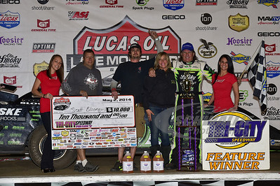 Scott Bloomquist and crew in Victory Lane @ Tri-City Speedway