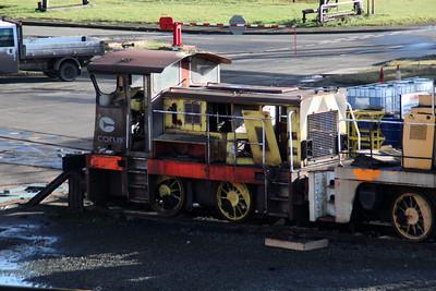 Baguley Drewry 0-4-0DE 3737/GECT 5437 (4) in Scunthorpe Tata Depot Yard.
