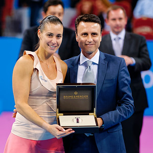 01.13 Flavia Pennetta receives great watch from Baume & Mercier - WTA Champions finals Sofia 2014_01.13