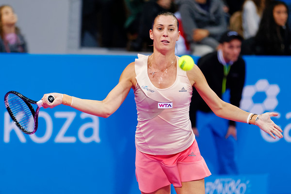 01.06 Flavia Pennetta - WTA Champions finals Sofia 2014_01.06