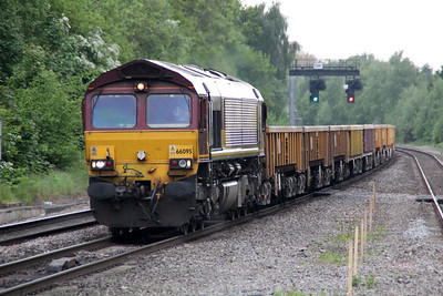 66095 1529/6m26 Eastleigh-Stud Farm.