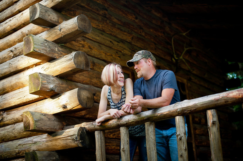 """Brady and Natalie's Anniversary session<br />   <br /> visit  <a href=""""http://www.facebook.com/daniellabeanphotography"""">http://www.facebook.com/daniellabeanphotography</a><br /> to see more photos"""