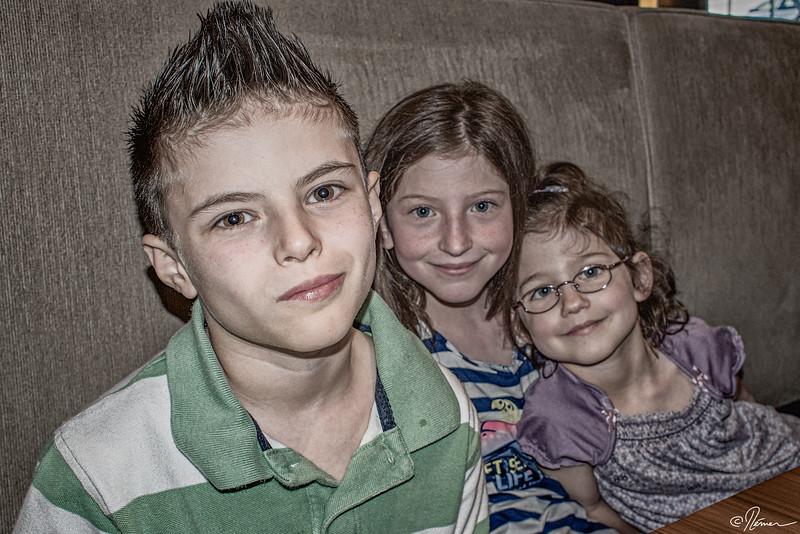 party-60-ans-louise---ses-petits-enfants_14146628808_o
