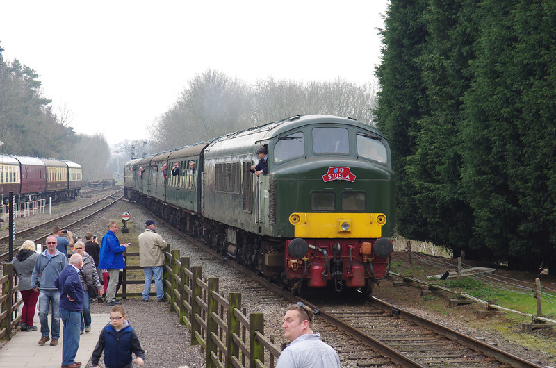 D123 arrives at Rothley working the 14:12 Leicester North - Loughborough 30/03/14