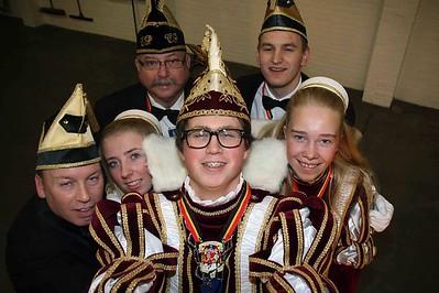 Kabinet van Jeugdprins Alec den Eerste met Chefke P. Geert Alwicher