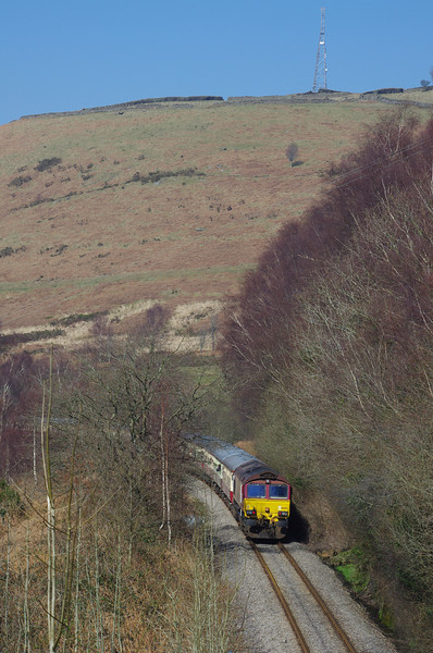 """66250 brings up the rear of UK Railtours """"Tower Gateway"""" 08:06 London Paddington - Cwmbargoed between Trelewis and Bedlinog on way to Cwmbargoed 09/03/14"""