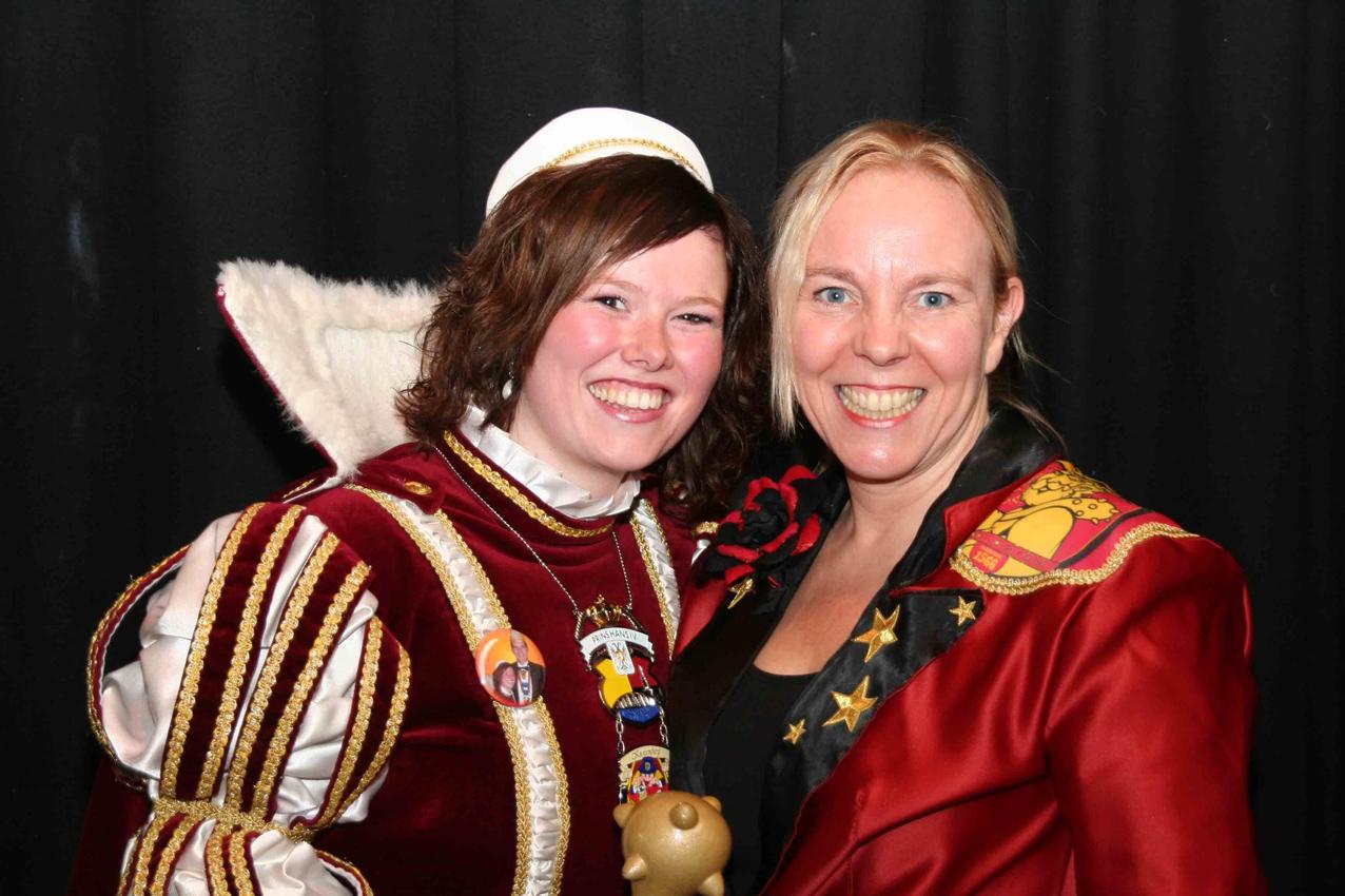 Rosanne, links en Liesbeth van de Waalsterretjes