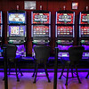 jnews_0504_video_gambling_05.JPG