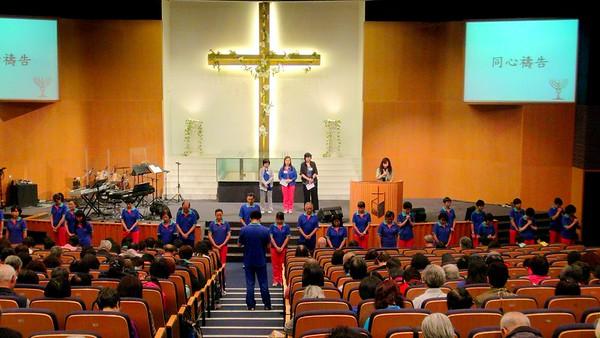 2014-05-02-讚美操分區祈禱會 -- 禱告