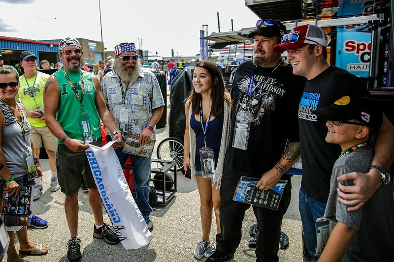 jspts_0720_NASCAR_fans_05.JPG