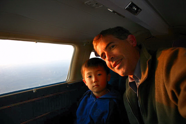 2002-09-400 Noah and Dad in Air Plane