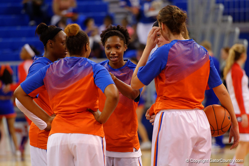 The Gator starters gather at mid court during pre-game drills.  Florida Gators Womens Basketball vs Georgia Bulldogs.  February 28th, 2015. Gator Country photo by David Bowie.