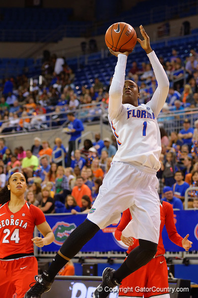 Florida Gators guard Ronni Williams puts up a running jumper during the first half.  Florida Gators Womens Basketball vs Georgia Bulldogs.  February 28th, 2015. Gator Country photo by David Bowie.