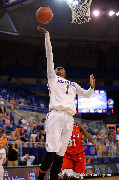 Florida Gators guard Ronni Williams with a shot attempt during the second half.  Florida Gators Womens Basketball vs Georgia Bulldogs.  February 28th, 2015. Gator Country photo by David Bowie.