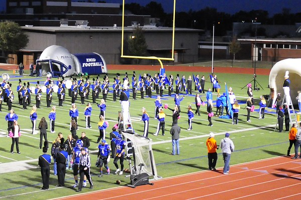 31 Oct 2014 Football Game - Pink Gloves
