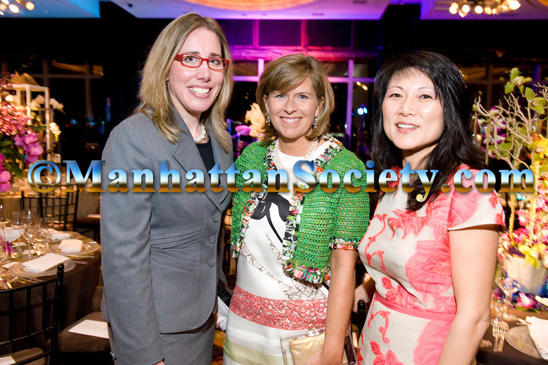Jennifer Rominiecki,  Whitney Clay, Tina Schwartz