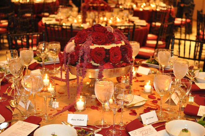 Table decor by Van Vliet & Trap, LLC_credit Linsley Lindekins