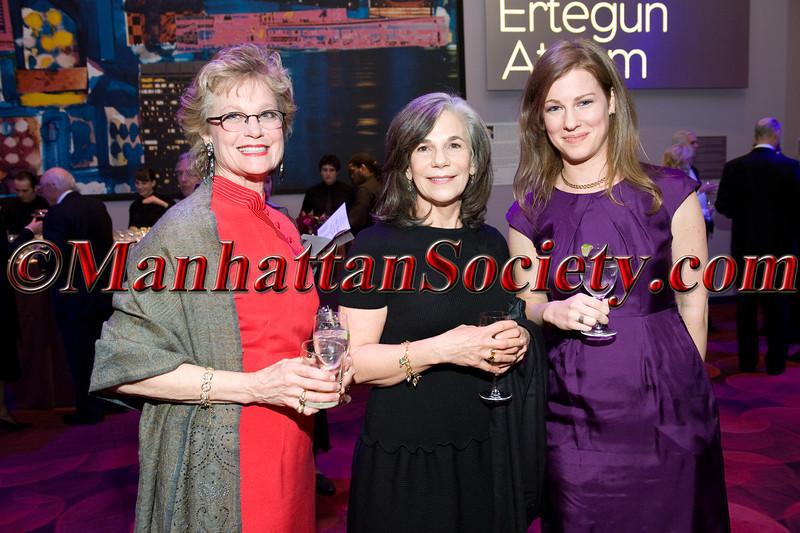 Kathy Yates, Suzanne Hoglunde,  Sarah Williams