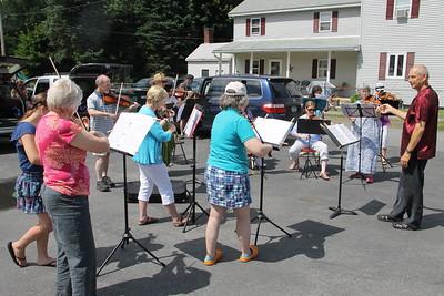 Bear Crossing Orchestra Camp Flash Mob, New Ringgold (6-26-2014)