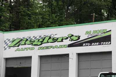 Ziegler's Auto Repair and Towing Sign, Hometown Hill, SR309, Tamaqua (5-27-2014)