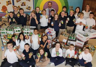 Tamaqua Elementary School Food Donation to Tamaqua Salvation Army, Tamaqua (11-21-2014)
