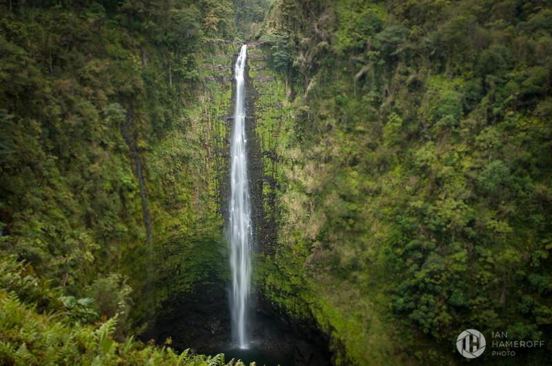 ʻAkaka Falls