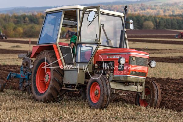 KW7D3583e