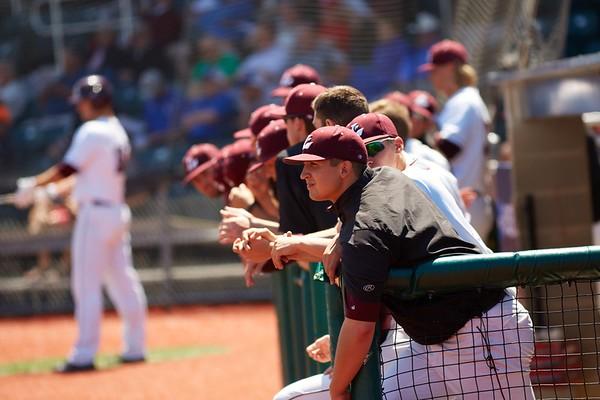 2016_UWL_Baseball_Regionals_034