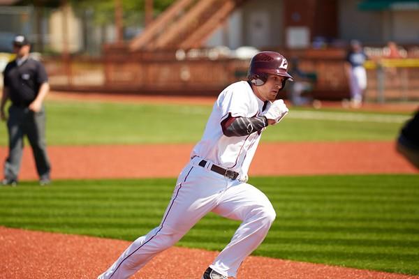 2016_UWL_Baseball_Regionals_233
