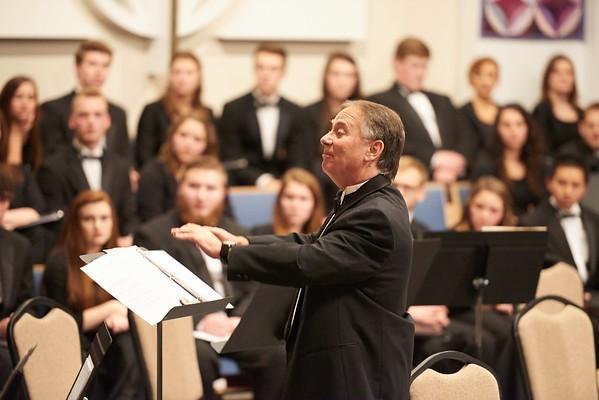 -UWL UW-L UW-La Crosse University of Wisconsin-La Crosse; December; evening; Group; Inside; Music; Professor; Singing