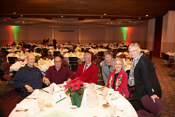 2015_Holiday_Luncheon_009