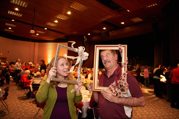 2015_Holiday_Luncheon_018