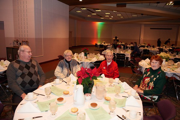 2015_Holiday_Luncheon_010