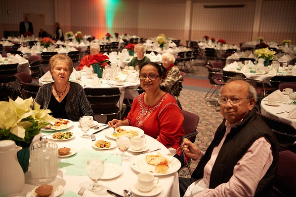 2015_Holiday_Luncheon_014