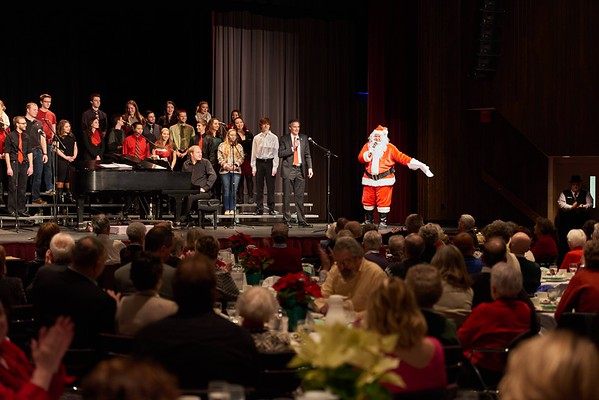 2015_Holiday_Luncheon_023
