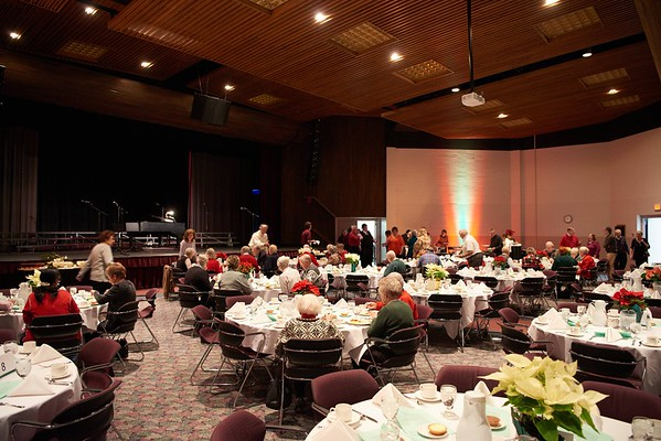 2015_Holiday_Luncheon_012