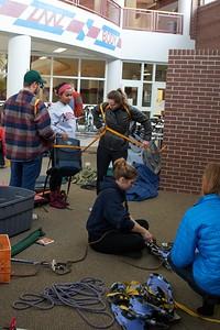 Buildings; Recreational Eagle Center Rec; Activity; Teaching; Location; Inside; People; Student Students; Man Men; Woman Women; Winter; December; UWL UW-L UW-La Crosse University of Wisconsin-La Crosse; Type of Photography; Candid