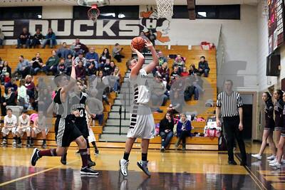 Ducks Basketball Vs West Prairie-1-26-2016_8299