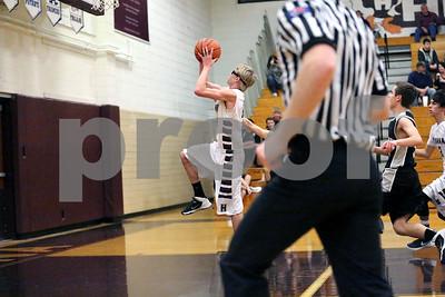 Ducks Basketball Vs West Prairie-1-26-2016_8205