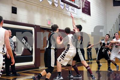 Ducks Basketball Vs West Prairie-1-26-2016_8220