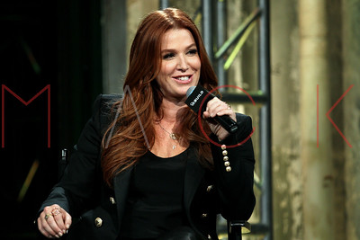 NEW YORK, NY - DECEMBER 07:  Poppy Montgomery visits AOL BUILD Series to discuss the new season of ÒUnforgettableÓ on A&E at AOL Studios In New York on December 7, 2015 in New York City.