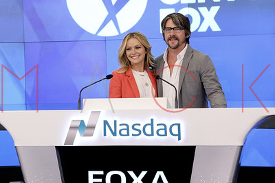 "NEW YORK, NY - MARCH 26:  The Cast of FOX's ""Weird Loners"" Ring The Nasdaq Stock Market Closing Bell at NASDAQ on March 26, 2015 in New York City."