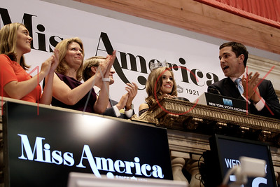 New York, NY - September 16:  Miss America 2016, Betty Cantrell Rings the NYSE Opening Bell, New York, USA.