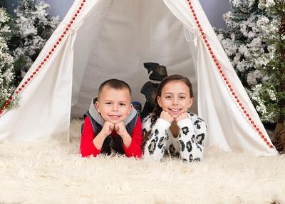 Caprara-Family-ChristmasMIni15-008
