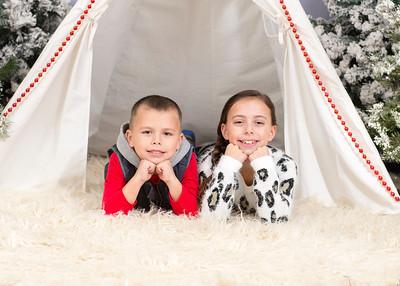 Caprara-Family-ChristmasMIni15-011