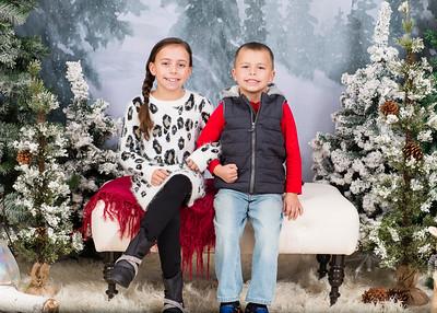 Caprara-Family-ChristmasMIni15-021