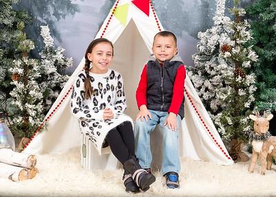 Caprara-Family-ChristmasMIni15-002