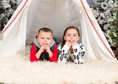 Caprara-Family-ChristmasMIni15-010